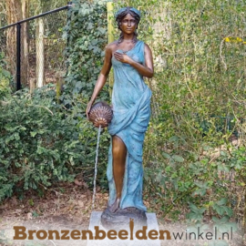 """Bronzen fontein """"Vrouw met kelk"""" BBW52211br"""