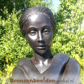 Naakte vrouw als tuinbeeld BBW675