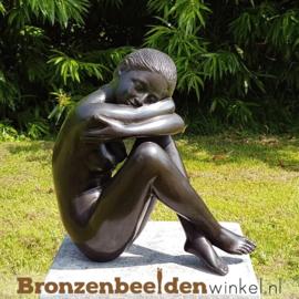 """Tuinbeeld vrouw """"Gelukkig"""" BBW504"""