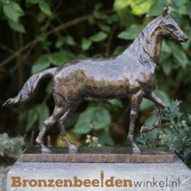 Paarden beeldje brons BBW2563