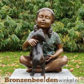 Bronzen meisje met hondje als tuinbeeld BBW51329br