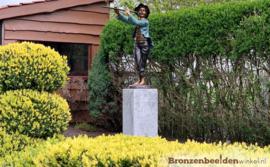 Jongen met fluit als tuinbeeld BBW51328br