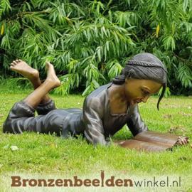 Lezend meisje kinderbeeld BBW1224