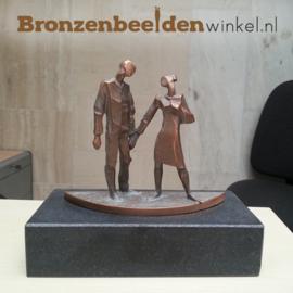 Bronzen beeld huwelijk als geschenk bbw85441