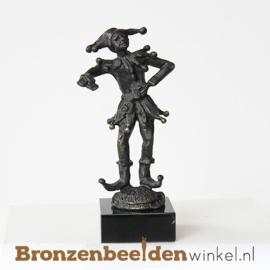 """Beeldje """"De Nar"""" BBW003br98"""
