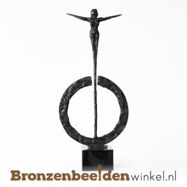 """Sculptuur """"Uitblinken"""" BBW006br25"""