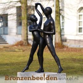 """Tuinbeeld """"Danspaar"""" brons BBW1094"""