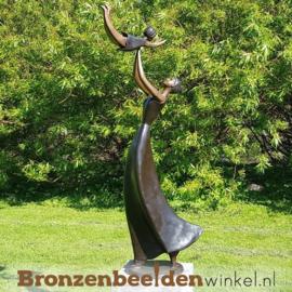 """Moeder en kind tuinbeeld """"Blijdschap"""" BBW47338"""