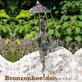 "Waterspeler ""Jongetje onder paraplu"" BBWR88649"