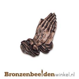 Biddende handen van brons BBW20207-013
