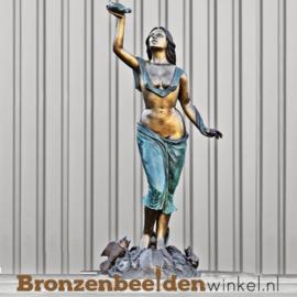"""Bronzen fontein """"De vrouw met schelp"""" BBW8013"""