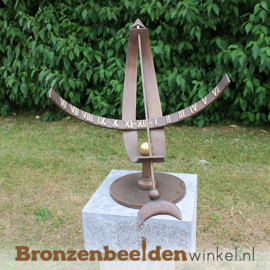 "NR 7 | Origineel cadeau bruiloft vrienden ""Equatoriale zonnewijzer"" BBW0386br"