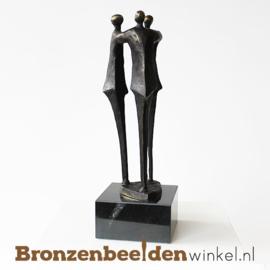 """Broer en zussen beeldje """"Krachten bundelen"""" BBW003br32"""