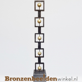 """Groot jubileum beeld """"Out of the Box"""" BBWD00br03"""