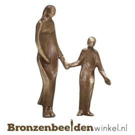 """Beeldje """"Zwangere moeder met kind"""" BBWp4323"""