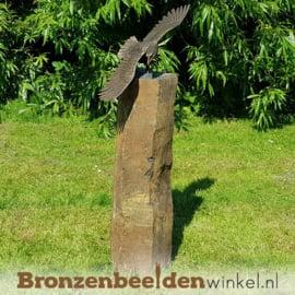 Tuinbeeld adelaar op Basalt sokkel BBW1249br