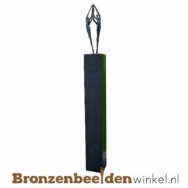 """Groot jubileum cadeau """"Reaching for the Top"""" op sokkel"""