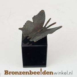 Vlinder beeldje op sokkel BBWR88726os