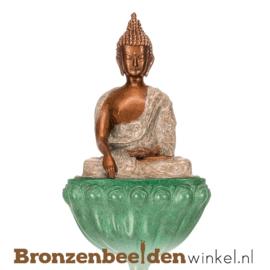Bronzen Boeddha beeld op lotusbloem BBW87842