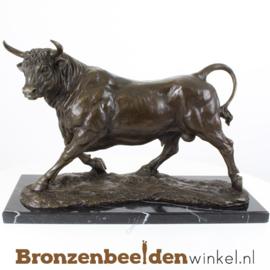 Bronzen stier beeld BBWXX54