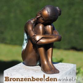 "Tuinbeeld vrouw ""Vredig"" BBW1380br"