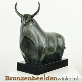 Bronzen stier beeld - groen BBWFHAST1G