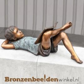 Lezend jongetje als tuinbeeld BBW939