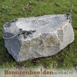 Vogeldrinkschaal natuursteen met 3 salamanders BBWR994348