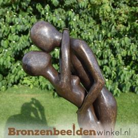 """NR 3   Cadeau voor ouders """"Omhelzing"""" BBW1541br"""