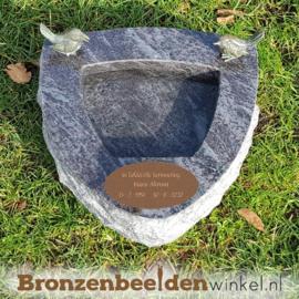 Gedenksteen urn vogelbadje Orion graniet BBWR42049