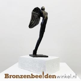 Bronzen gedenkbeeld met beschermengel BBW006br33
