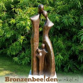 """Bronzen tuinbeeld """"Gezin 4 personen"""" BBW2387br"""