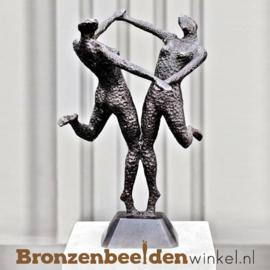 """Tuinbeeld """"De Swingende Vrouwen"""" brons BBW57355"""