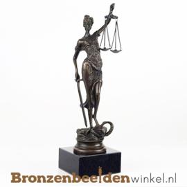Vrouwe Justitia beeldje brons BBW008br11