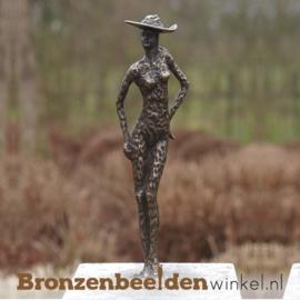 """Bronzen tuinbeeld """"Vrouw met Hoed"""" BBW1971"""