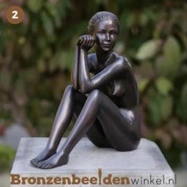 NR 2 | Cadeau voor iemand die alles al heeft ''Zittende vrouw'' BBW0511br