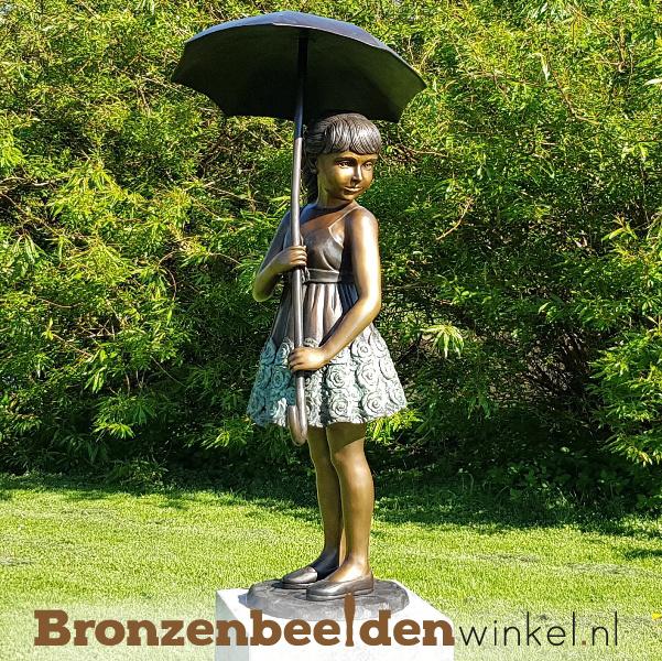 Tuinbeeld meisje onder paraplu BBW1279br