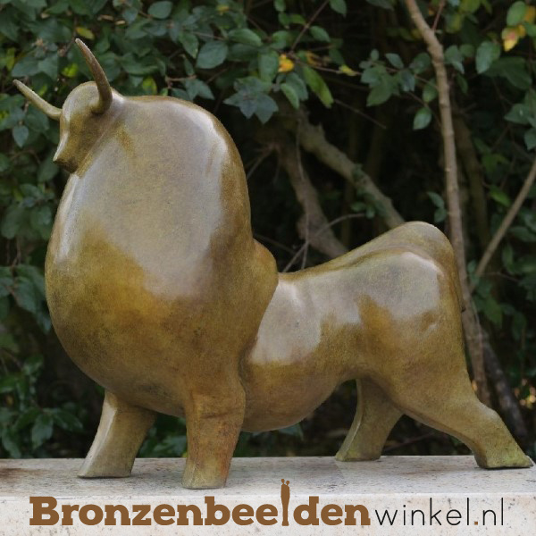 Abstract tuinbeeld stier BBW52648br