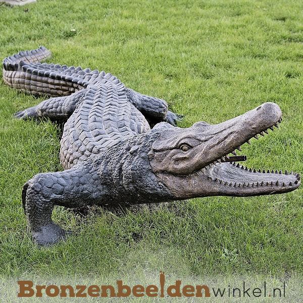 Bronzen krokodil als fontein BBWB845
