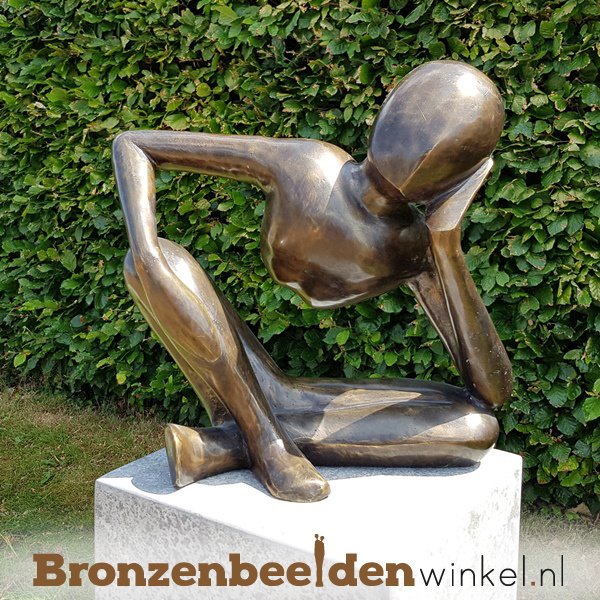 "Figuratief tuinbeeld ""De Dagdromer"" BBW91232br"