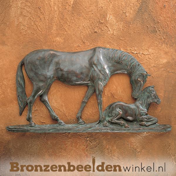 Paarden beeldje voor aan de wand BBWR88336