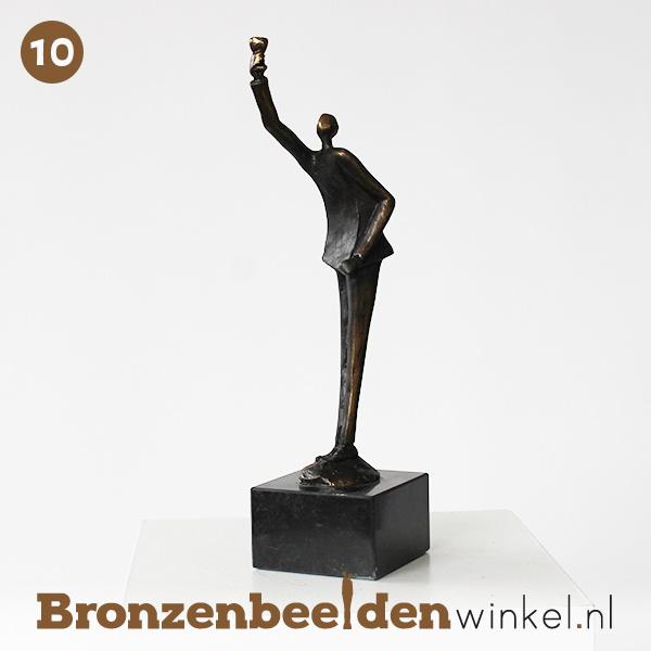 "NR 10   Afscheidscadeau meester ""Het glas heffen"" BBW003br86"