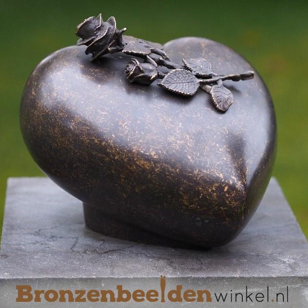 Bronzen asbeeld hart met roos BBW0568BR