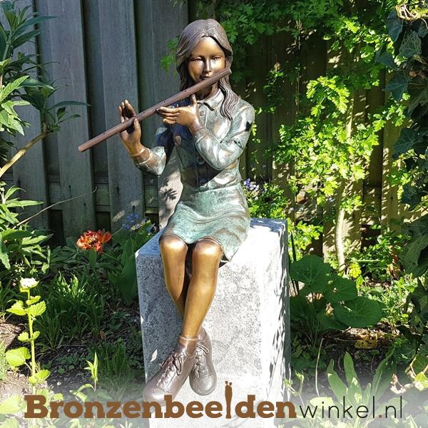 Bronzen tuinbeeld meisje op fluit BBW1259br