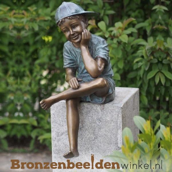 Bronzen jongen met pet BBW1324br