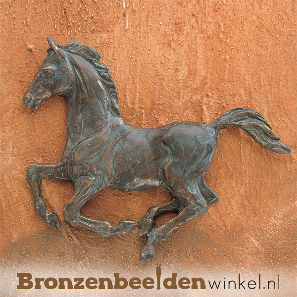 Paarden beeldje voor aan de wand BBWR88334