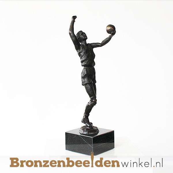 "Sportbeeldje ""De volleyballer"" BBW002br49"