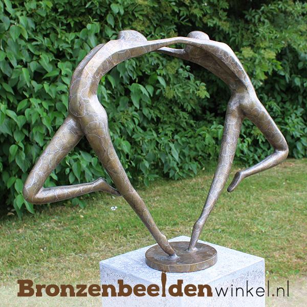 "Bronzen tuinbeeld ""Liefdesdans"" BBW0366br"