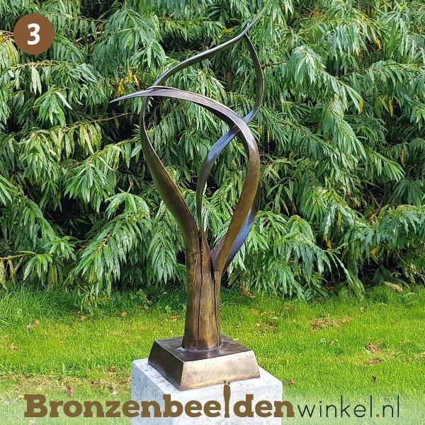 """NR 3   Cadeau vrouw 75 jaar """"De Levensboom"""" incl. sokkel"""