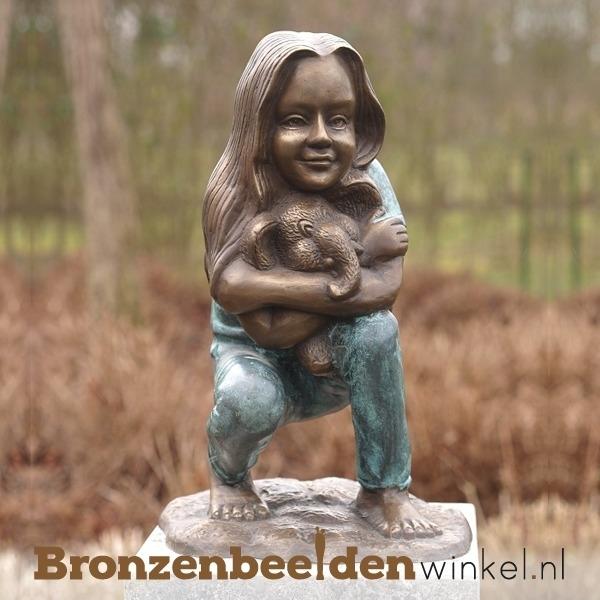 Bronzen meisje met olifant als tuinbeeld BBW1968br